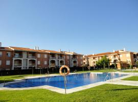 Apartment with 2 bedrooms in Rota with wonderful sea view shared pool enclosed garden 300 m from the beach, hotel en Rota