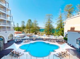 Crowne Plaza Terrigal Pacific, hotel in Terrigal