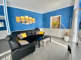 Le Marina, apartment in Menton