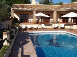 Villa Rustica en Mijas, hotel in Mijas