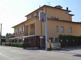 Albergo Elena, hotel in Pianoro