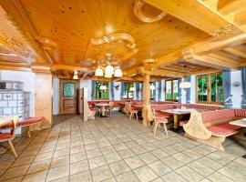 Gästehaus Unt' am See, hotel in Bernau am Chiemsee
