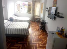 Peruvian Family Hostal Miraflores, pet-friendly hotel in Lima