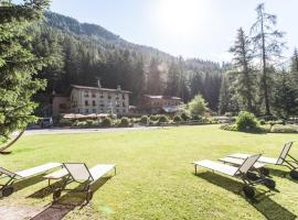 Chalet Eden, hotel in zona Courmayeur, La Thuile