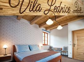Vila Lednice, hotel poblíž významného místa Autobusová zastávka Lednice, Lednice