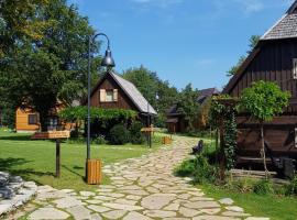 Holiday Park Fenomen Plitvice, hotel in Plitvica Selo