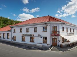 Restaurace Hotel Praha, hotel poblíž významného místa Hrad Karlštejn, Nižbor
