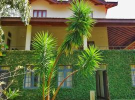 56 Villa Victoria Golf Country Resort Kandy Sri Lanka، فندق في كاندي