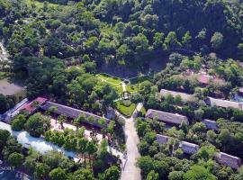Paragon Resort, family hotel in Ba Vì