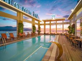 Diamond Sea Hotel, khách sạn có bồn jacuzzi ở Đà Nẵng