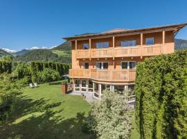 Residence-Garni Haus Tschenett, hotel in Prato allo Stelvio