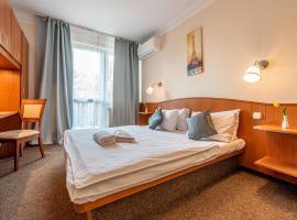 Korona Panzió Budapest: Budapeşte'de bir otel