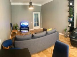 New comfortable apartment nearby promenade in 5 minutes from Old town of Riga., hotel in Riga