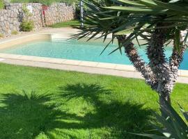 Villa Nada, guest house in Lovran