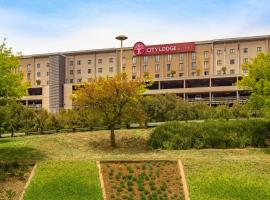 City Lodge Hotel at OR Tambo International Airport – hotel w mieście Kempton Park