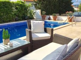 Apartments Mare, family hotel in Punat