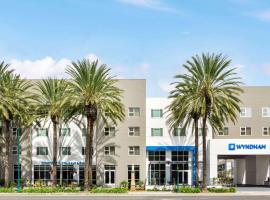 Wyndham Anaheim, hotel in Anaheim