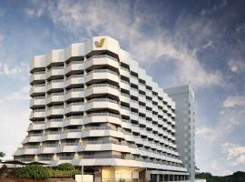 Village Hotel Katong by Far East Hospitality (SG Clean), hotel near Changi Airport - SIN, Singapore