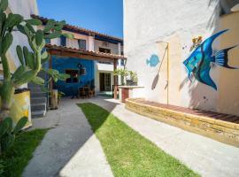 Casarão Beach Hostel, hotel in Arraial do Cabo