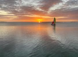 Bahia Bay Resort, hotel in Key Largo