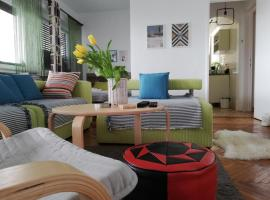 Bohemian Apartment by Calea Victoriei, hotel near Museum of Art Collections, Bucharest