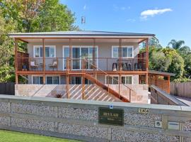 Beulah House Luxurious Accommodation, vacation home in Montville