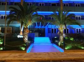THE CRYSTAL BLUE XAIDARI HOTEL, hotel in Piraeus