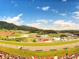 Spielberg front row camp near Red Bull Ring including sounds of pitstops in your tent, Hotel in Spielberg