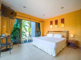 OYO 1037 Kamala Phuket Guesthouse, hotel in Kamala Beach