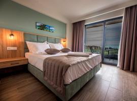 Calda Resort: Kalivia Poligirou şehrinde bir otel