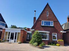 Villa eco Rozenhof Groningen, B&B in Groningen