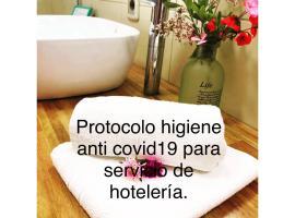 Unique Hotel & Suites, hotel in Punta Del Diablo