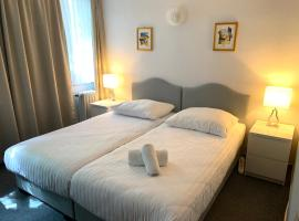 Hotel Berg, hotel near Museum Ludwig, Cologne
