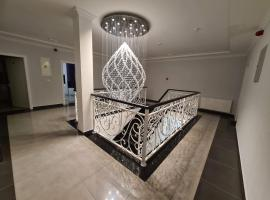 Diamond, budget hotel in Nin