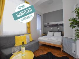 Standard Apartment by Hi5 - Chainbridge, hotel in Budapest