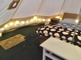 Sahasrara - Glamps & Outdoors, luxury tent in Manāli