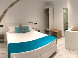 Antica Canea Luxury Rooms, beach hotel in Chania Town
