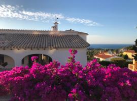 Magic Sea View Villa, hotel cerca de Parque Natural El Montgó, Denia