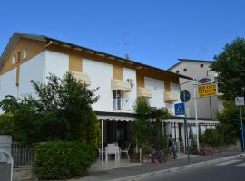 Pensione Rossi, hotel a Cervia