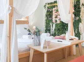 Na'maste Apartments, accessible hotel in Athens