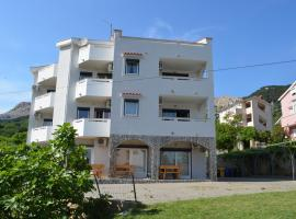 Apartments Leticia II, pet-friendly hotel in Baška