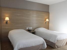 Hotel Des Tilleuls, hotel in Dinard