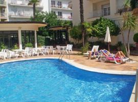 Hotel Mireia, отель в Льорет-де-Маре