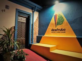 Desfrute Hostel & Open House UBERABA, room in Uberaba