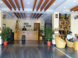 Bar Peepal Resort, hotel in Pokhara