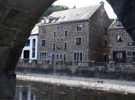 Typical Ardenne House, hotel in La Roche-en-Ardenne