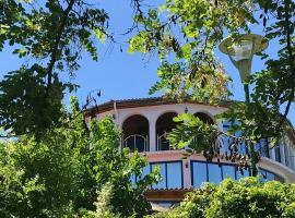 Hotel restorant bar liqeni, hotell nära Tirana internationella flygplats Moder Teresa - TIA, Kamëz