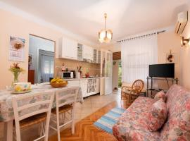 Apartment Nigra, pet-friendly hotel in Lovran