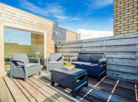 Luxurious Apartment in West Flanders With Roof Terrace, hotel in Poperinge