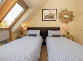 Waterside Self-Catering Serviced Rooms, Studios, Cottages & bed & breakfast, hotel in Didcot